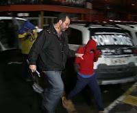 Menor de 10 anos furta carro, troca tiros com a PM e leva a pior outro é apreendido