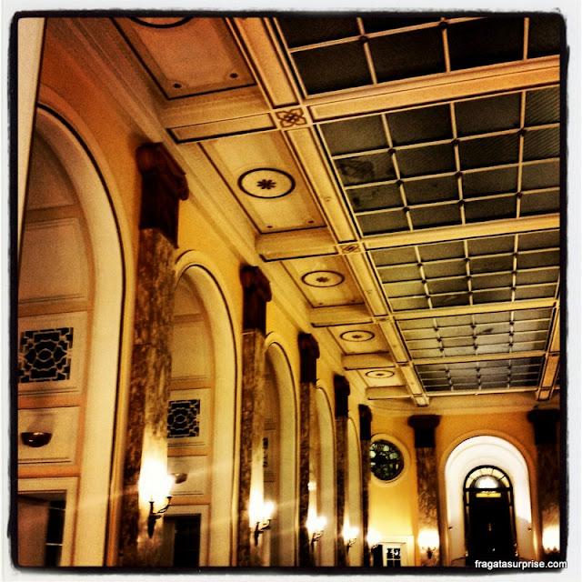 Salão Belle Époque do Hotel Adelphi, em Liverpool