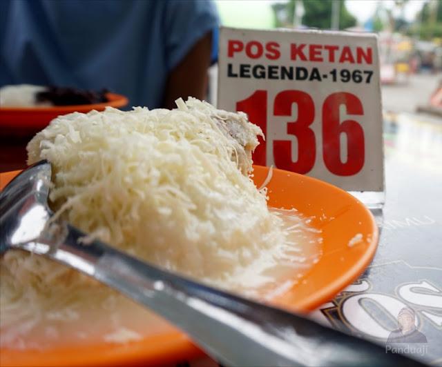 Penampakan Ketan Susu Keju Durian di Pos Ketann Legenda Batu