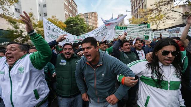 El desempleo aumenta en primeros meses del mandato de Macri