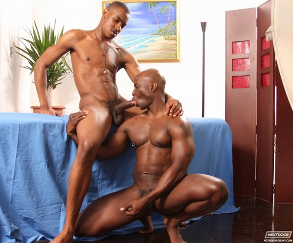 Gay Ebony Muscle 31