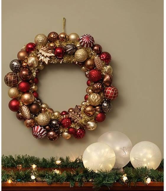 Modelos de coronas navide as con esferas decoraci n del - Coronas navidenas faciles ...