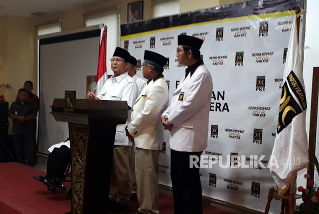 Prabowo Minta Maaf Atas Keputusan Koalisi Gerindra, PAN, PKS