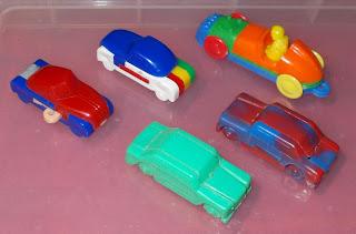 Jig Puzzles; Jig Toys; Kellogg's Jig Toys; Kellogg's Premiums; Key Chain Puzzles; Key Rings; Novelties; Novelty Key Ring; Novelty Prize Toys; Novelty Toy; Plastic Puzzle Toys; Premiums; Puzzle Toys; Small Scale World; smallscaleworld.blogspot.com;