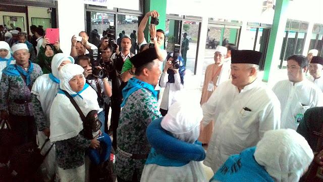 Gubernur Sumsel Lepas CJH Kloter 1 Embarkasi Palembang