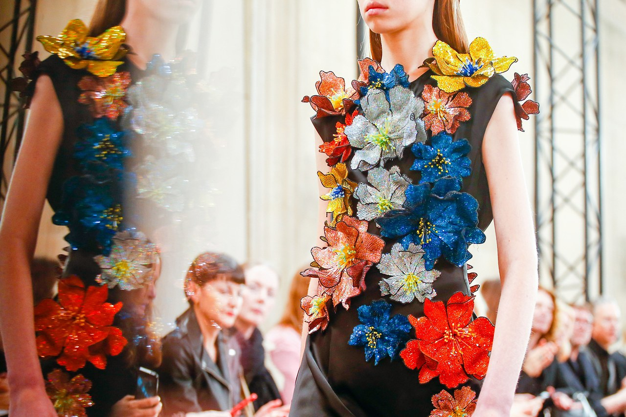 fashion-shows-fall-2017-ready-to-wear-christopher-kane