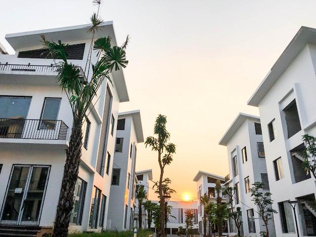 Khai Sơn Hill