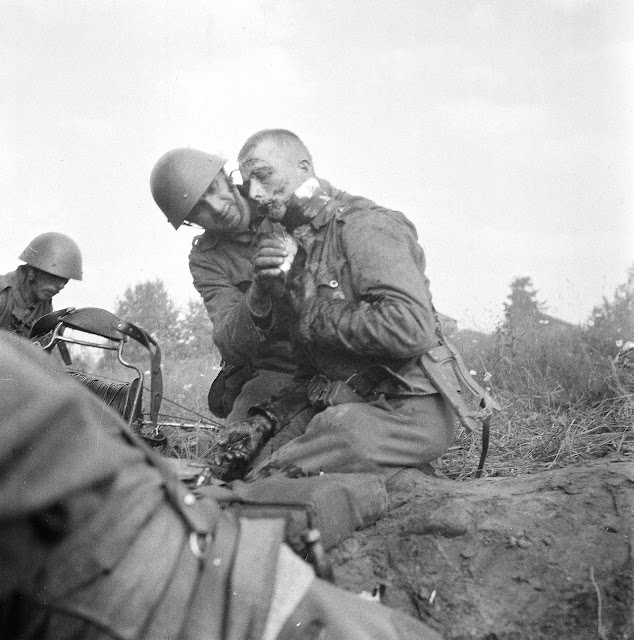 Wounded Finnish soldier, 22 July 1941 worldwartwo.filminspector.com