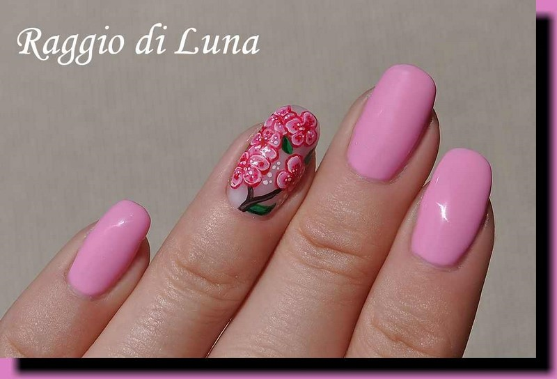 Raggio di Luna Nails: UV gel manicure with free-hand nail art - Pink ...