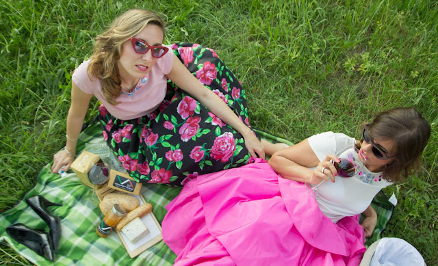 http://nerose-accessories.blogspot.it/2015/07/a-vintage-pic-nic.html
