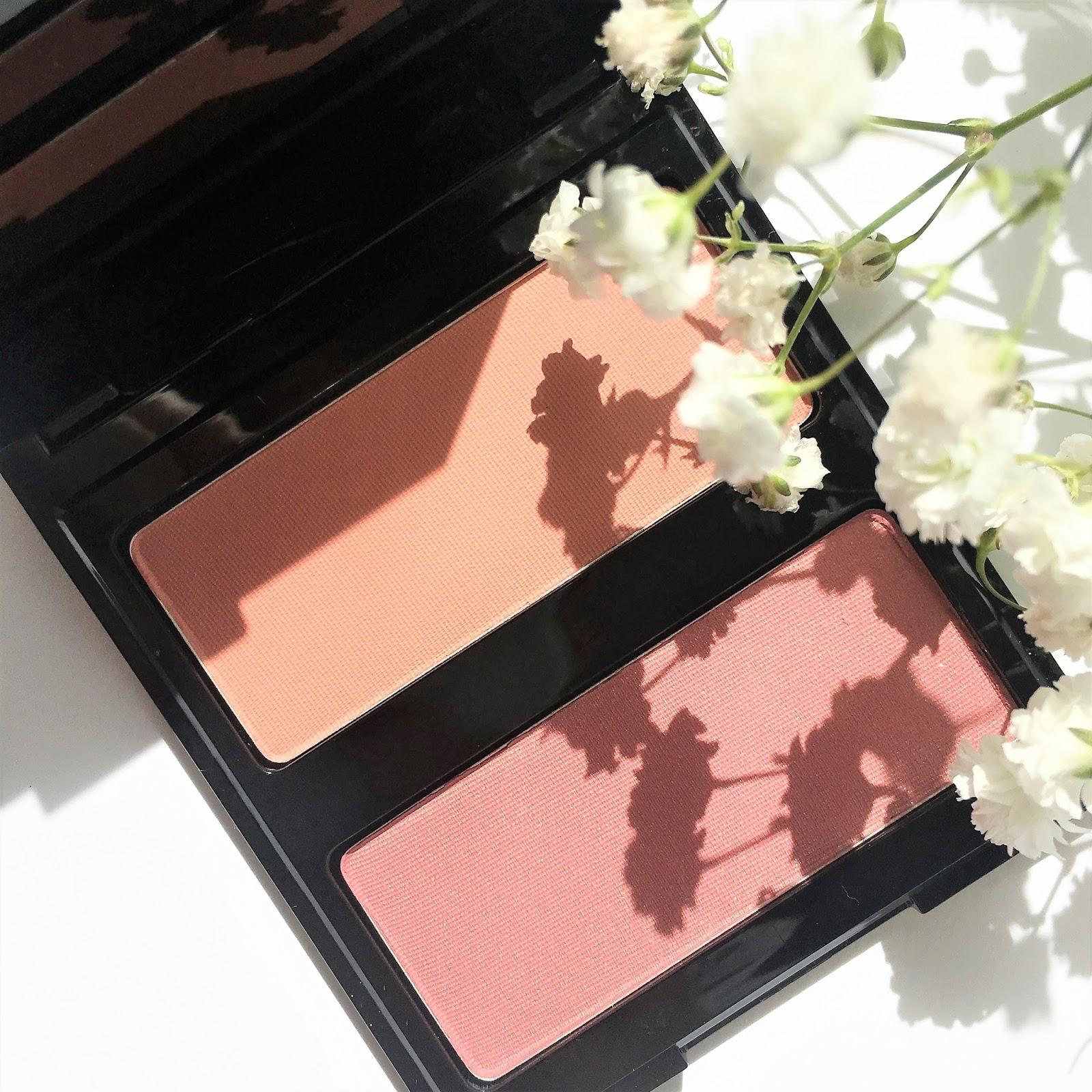 Róż - najbardziej wiosenny kosmetyk