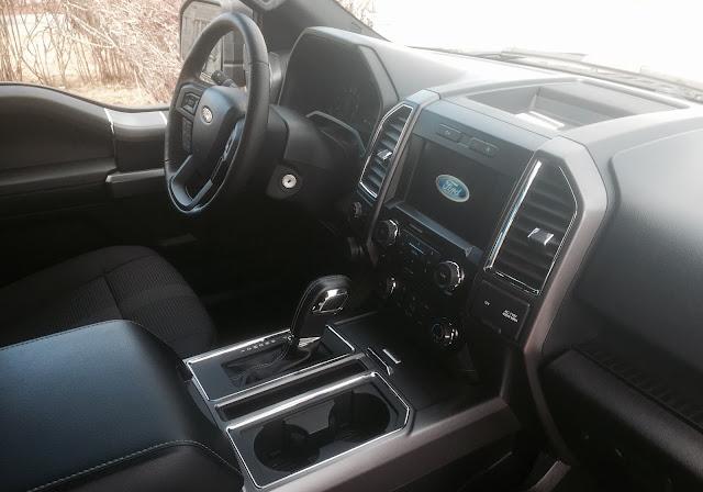 2016 Ford F-150 XLT Interior