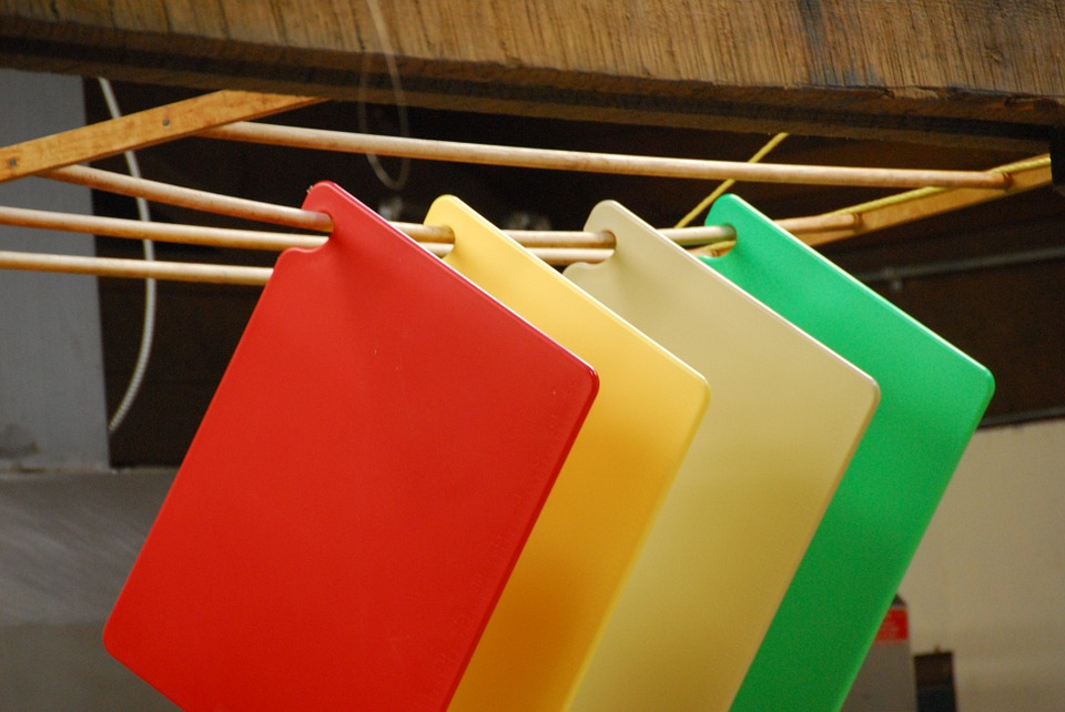 Plastic Vs Wood Chopping Boards The Food Safety Company