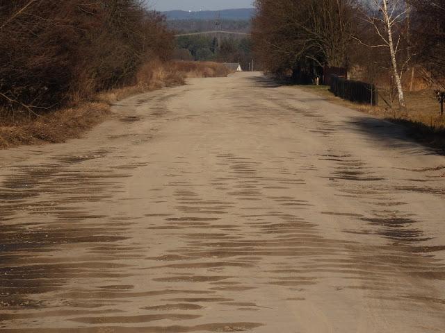 ...i droga przez ukraińskie 20 km dalej.