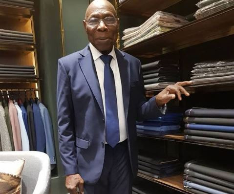 President Olusegun Obasanjo looks dapper in suit as he steps out in Vietnam ( See Photos)