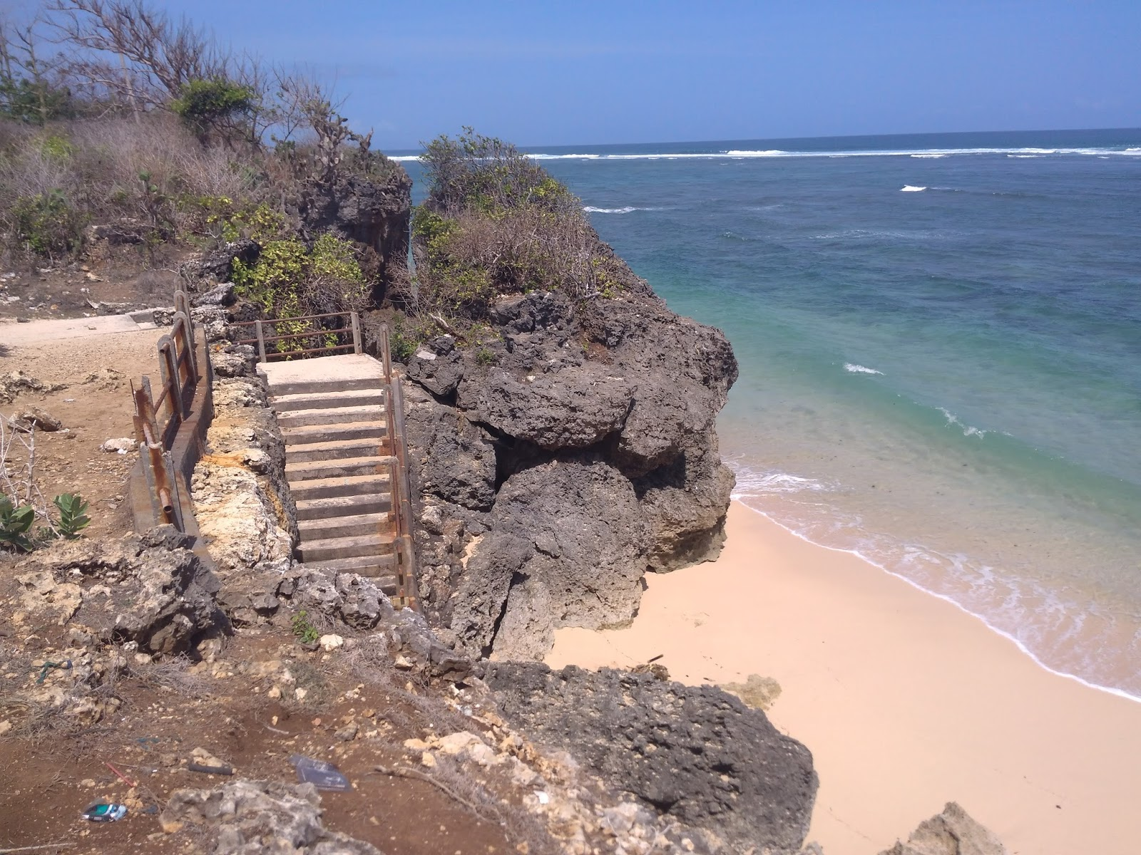 Wisata Pantai Pura Geger Bali Pantai Tersembunyi Di Kuta Selatan