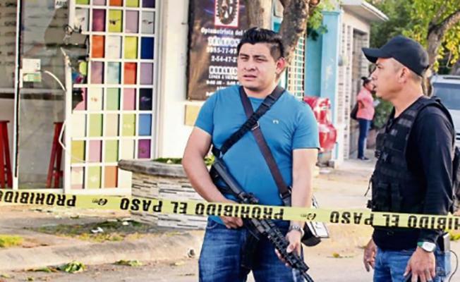 """CANCÚN y la """"RIVIERA MAYA"""" PARAÍSOS del NARCO entre ex-federales y ministeriales"""