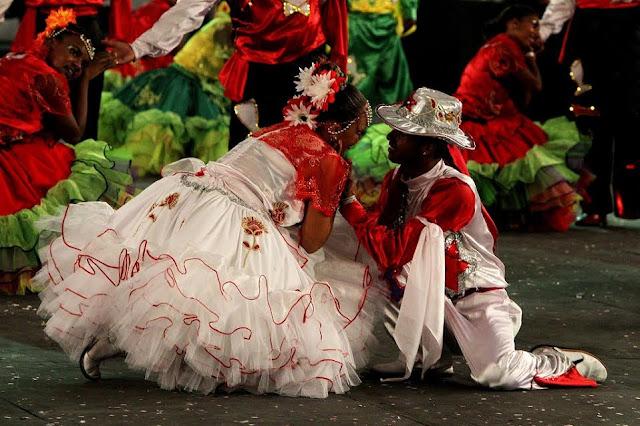 Quadrilha junina anima o Mercado do Rio Vermelho (Ceasinha)