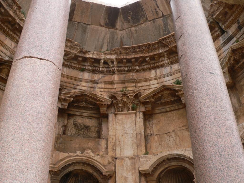Баальбек колонны фото