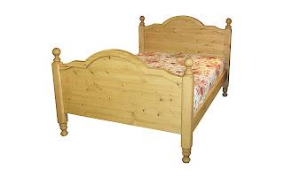 Giường bằng gỗ ghép Thông 1