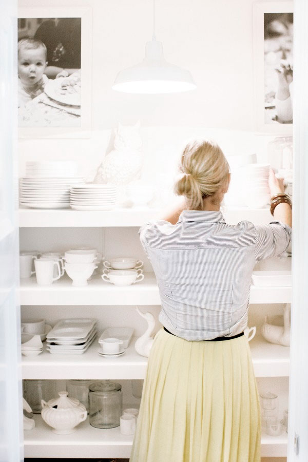 Wouldn't you love to have a pantry this organized?  Check out this post that includes 8 simple tips for making cleaning and organizing fast and easy.  (Image source:  Style Me Pretty)