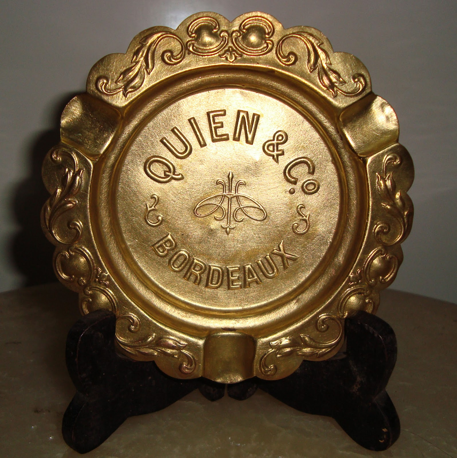 """antiques collectibles asa"": QUIEN & Co.BORDEAUX. Brass"