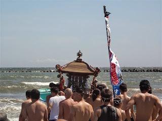 石上神社神輿