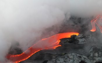 Wallpaper: The Flowing of Hot Lava