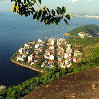 Urca e Fortaleza São João vistos do Morro da Urca, Rio de Janeiro