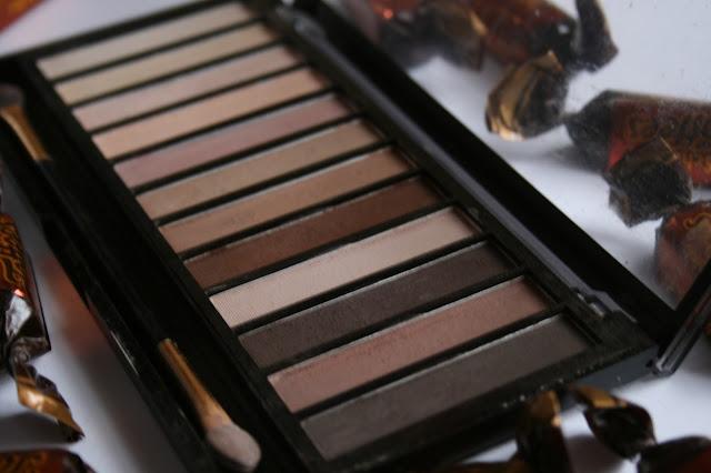 Malva Cosmetics - Professional Eyeshadows [Review]