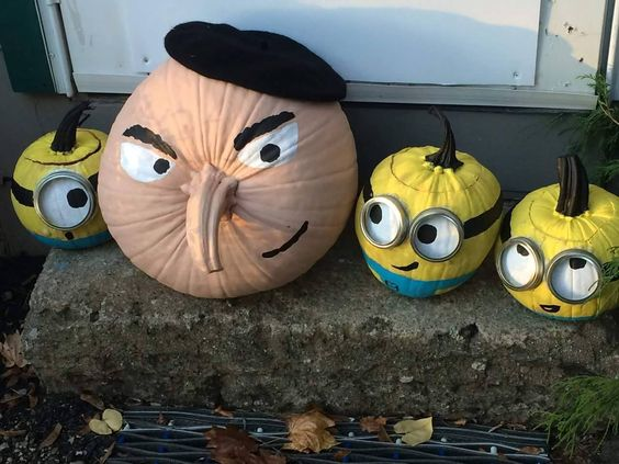 despicable me easy cute DIY pumpkin no carve halloween