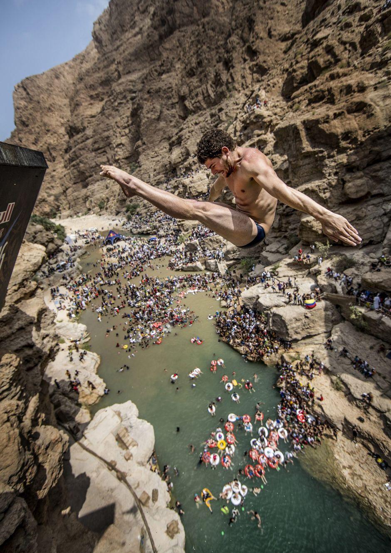 Mi Rincón Para Evadirme: Defying Gravity, Fear And Wisdom, Cliff Divers End