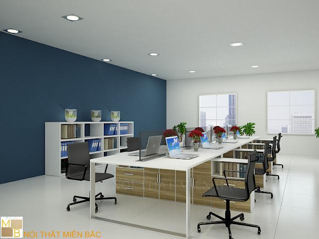 Thiết kế nội thất văn phòng hiện đại không gian nhỏ nên chọn những bộ bàn ghế có kích thước nhỏ, vừa vặn và sắp xếp sao cho phù hợp với không gian phòng làm việ
