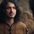 Deus Salve o Rei: Após o irmão correr pelado, Afonso detona Rodolfo e o bane do reino