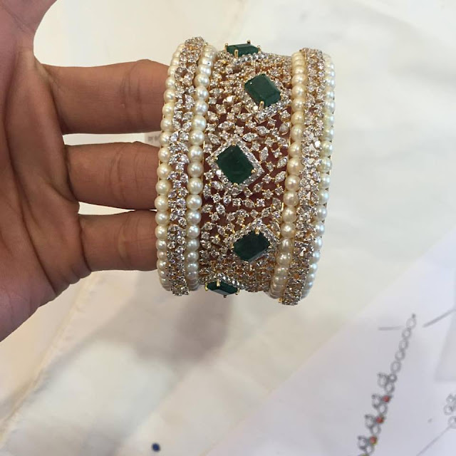 Diamond and Pearls Broad Kada