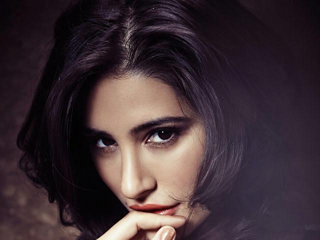 Celebrities Hd Wallpaper Download Nargis Fakhri Hd: CELEBRITIES HD WALLPAPER DOWNLOAD: Nargis Fakhri HD