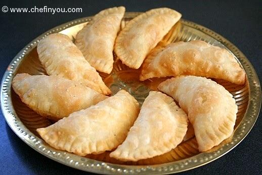 http://chefinyou.com/2012/09/12/karanji/