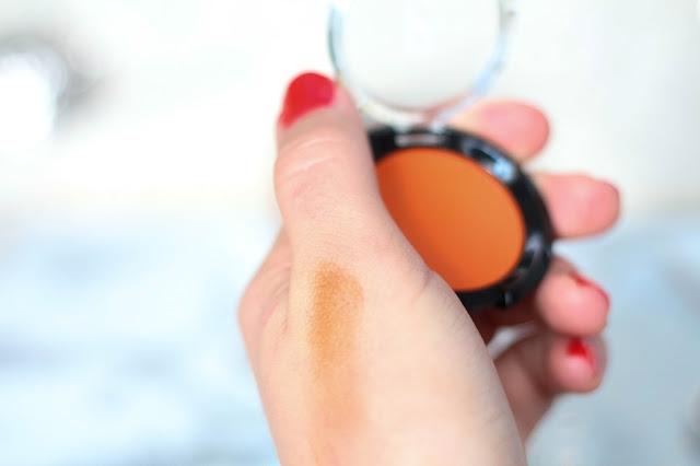 Swatch Ombre à paupières Orange Beautiful