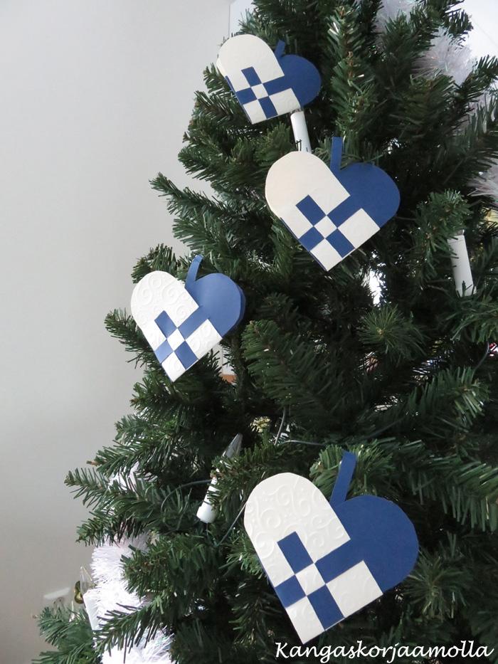 punottu sydän joulukoriste