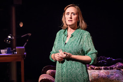 Tesori, Kron & Bechdel: Fun Home - Jenna Russell - Young VIc (Photo Marc Brenner)