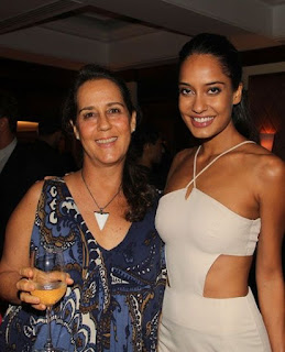 Lisa Haydon, Biography, Profile, Biodata, Family , Husband, Son, Daughter, Father, Mother, Children, Marriage Photos.