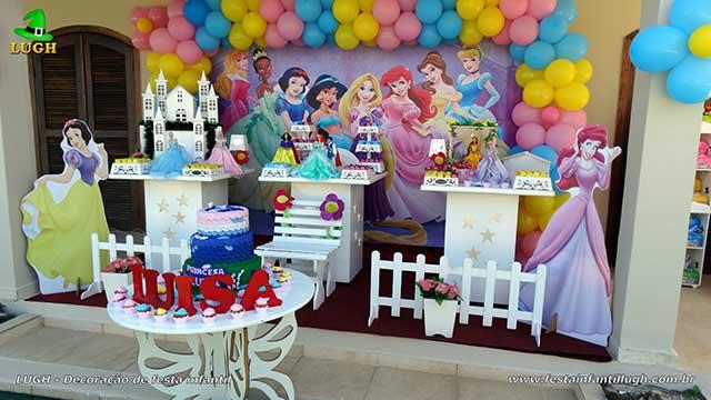 Decoração Princesas Disney - Provençal simples - Festa realizada na Barra-RJ