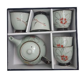 Set ceainic cu cesti -recomandari de modele ideale pentru cadouri