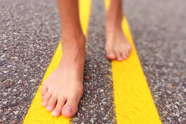 barefoot-minimalismo