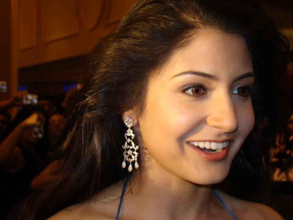 Indian Actress Hd Wallpapers Indian Actress Anushka -3365
