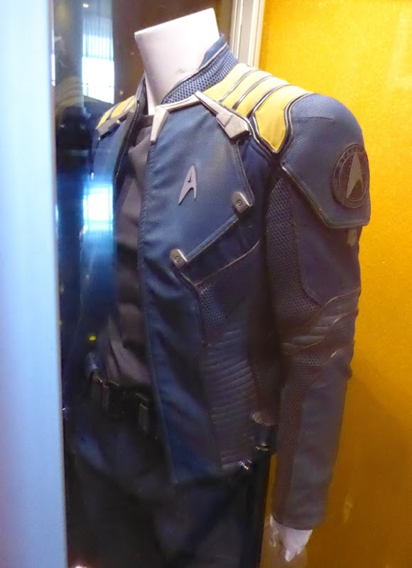 Captain Kirk Starfleet jacket Star Trek Beyond