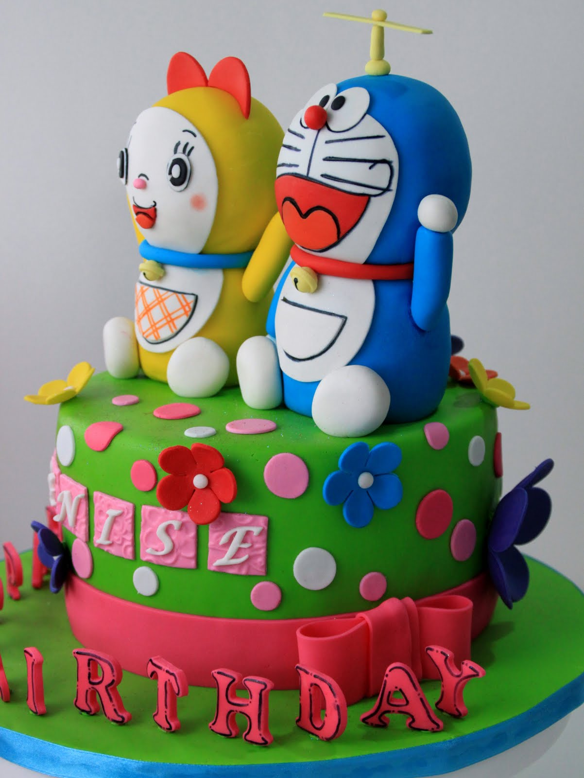 Doraemon And Dorami Cake