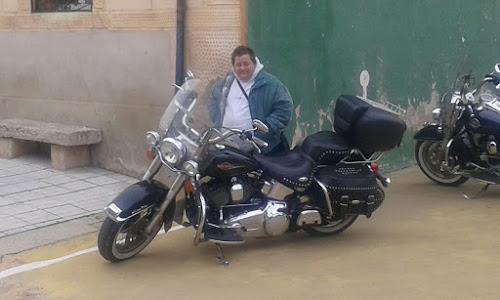 motos-tate