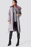 https://www.na-kd.com/en/na-kd-trend/big-faux-fur-collar-coat-dusty-purple