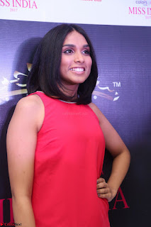 Spatika Surapaneni in Red Tight Dress at FBB Miss India 2017 finalists at Telangana auditions Feb 2017 (3).JPG